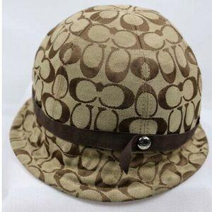 Vintage COACH Betmar Bucket Hat